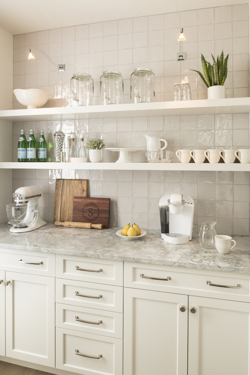 Urban Farmhouse kitchen by Brianna Michelle Design