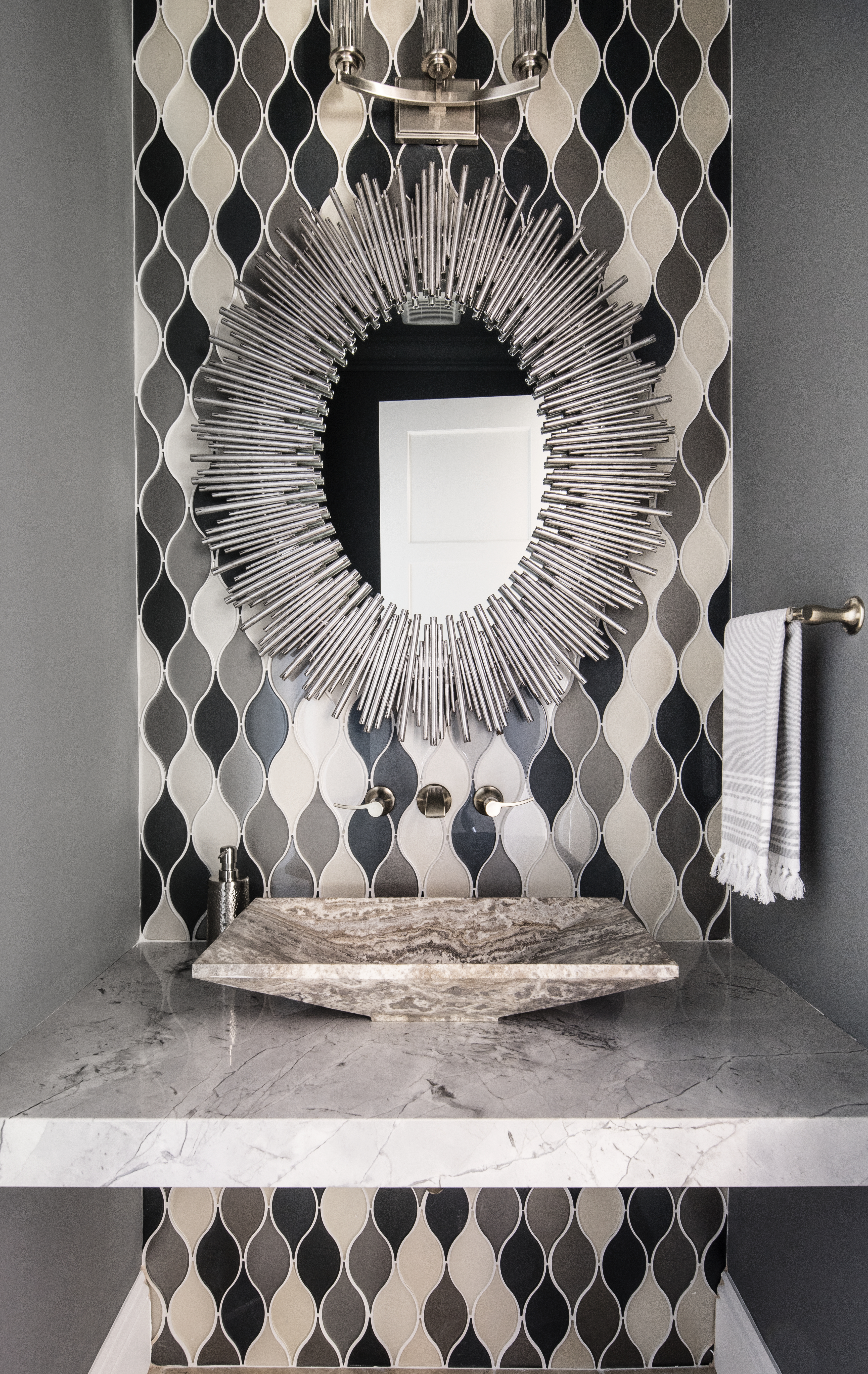 Hart Branch powder bathroom by Brianna Michelle Design