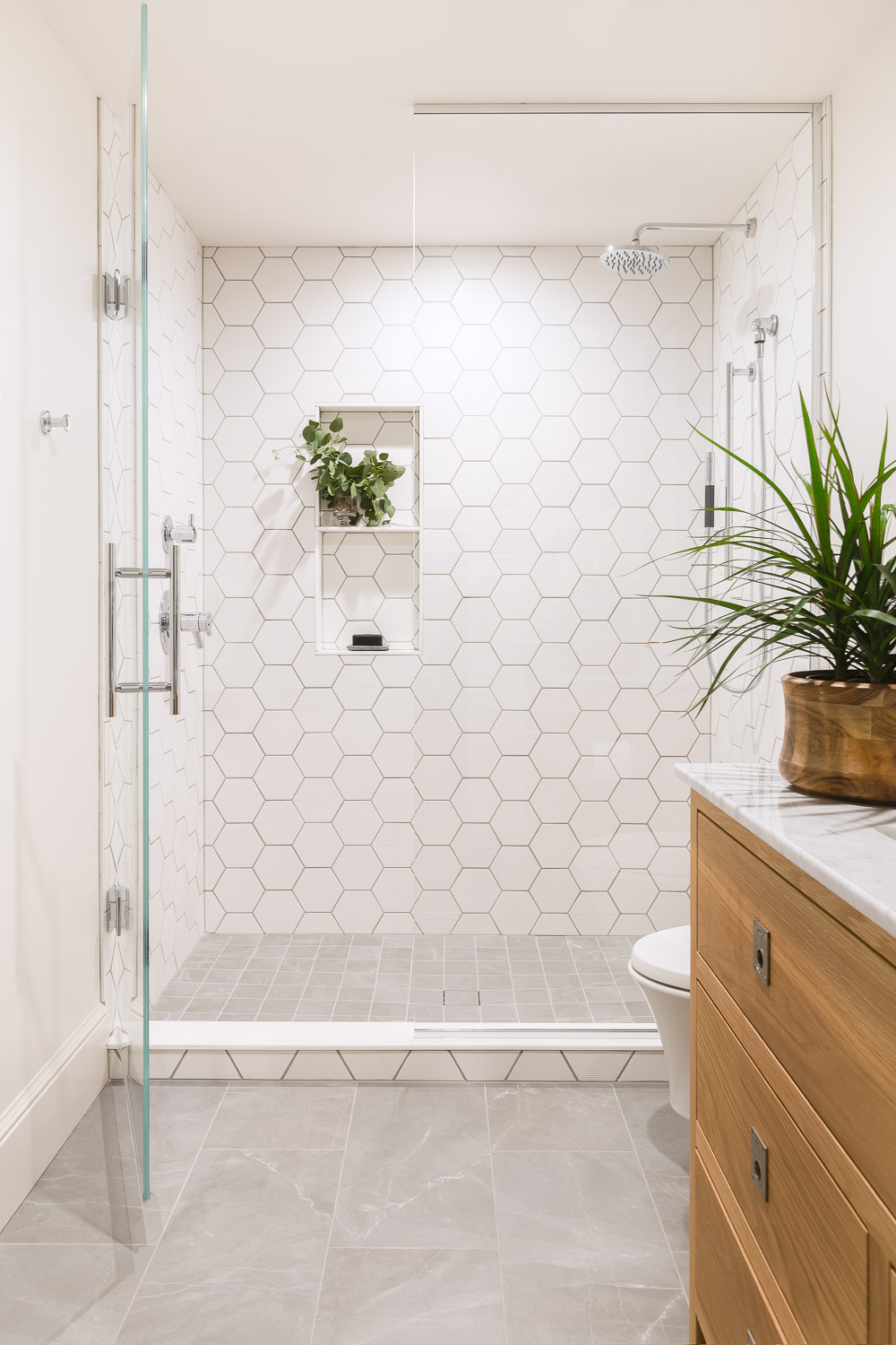 northern frost guest bathroom with geometric tile