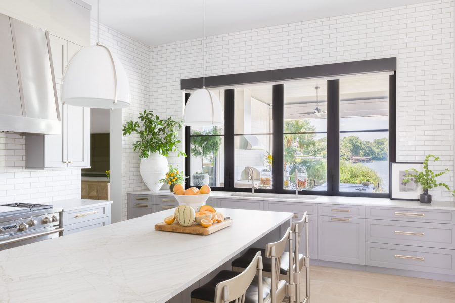 Modern Lakeside: The Kitchen